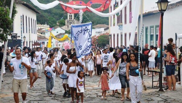 Veja a programação de Carnaval para cidades no interior de Goiás