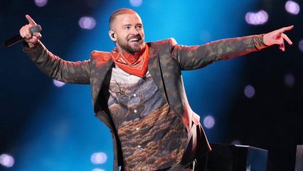 Justin Timberlake faz show 'certinho' e homenageia Prince no Super Bowl