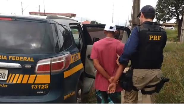 Homem é detido por dirigir com habilitação falsa no Anel Viário, em Goiânia