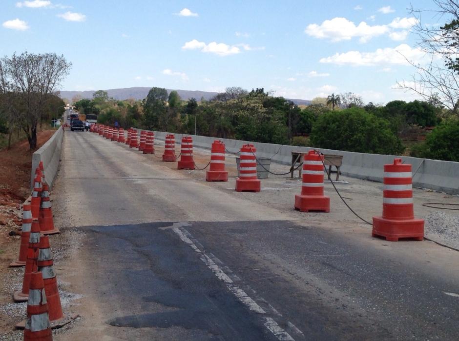 Inspetor apresenta alternativa para fugir de congestionamento na BR-153