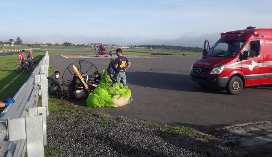 Homem perde controle do voo e cai de paramotor, em Goiânia