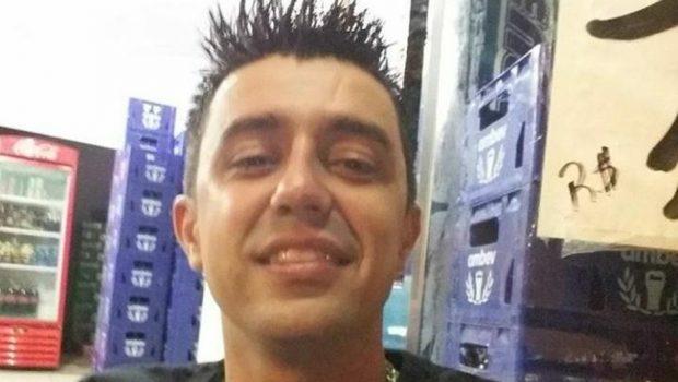 Homem é morto a tiros dentro de bar na Vila Colombo, em Jaraguá
