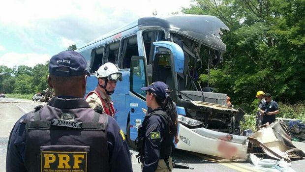 Sobe para nove o número de mortos em acidente na GO-020