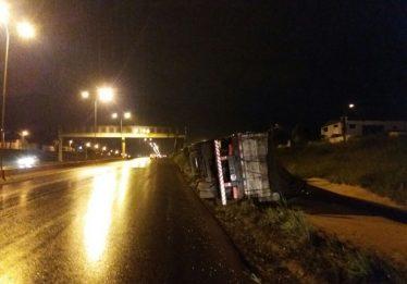 Caminhoneiro é preso pela segunda vez por dirigir embriagado na BR 060, em Rio Verde