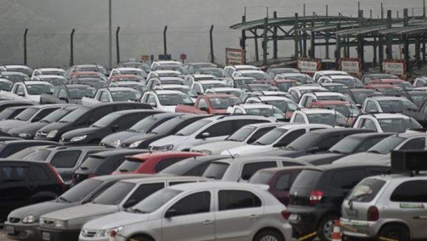 Vendas de veículos novos crescem 23,14% em janeiro, diz Fenabrave