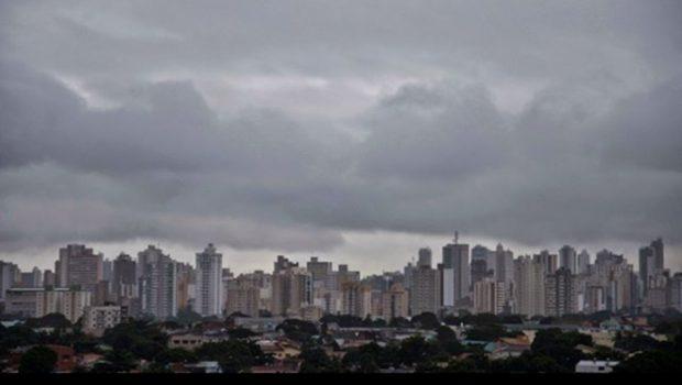 Norte, Noroeste e Centro de Goiás recebem alerta de chuva forte do Inmet