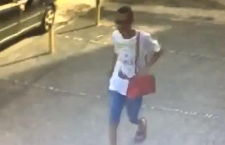 Armado e com bolsa feminina, bandido assalta mãe e filha em Aparecida de Goiânia