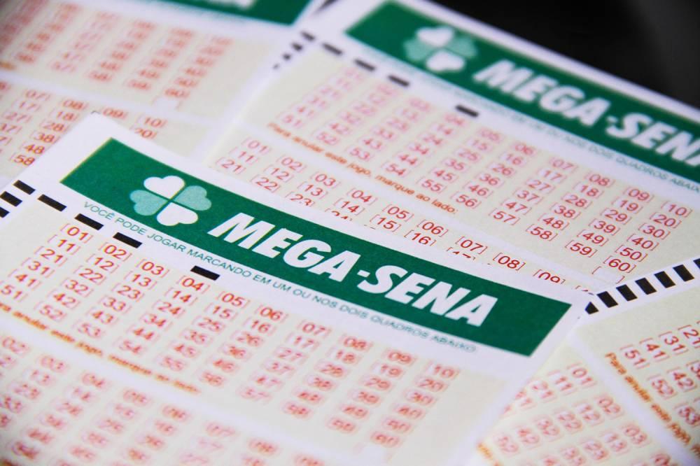 Mega-Sena acumula e prêmio pode chegar a mais de R$ 50 mi no próximo sorteio