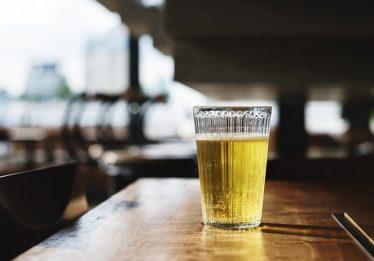 Cervejarias tem prazo de 365 dias para inserir informações claras e precisas sobre ingredientes nos rótulos