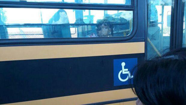Motorista é afastado após esquecer menina de três anos dentro de ônibus escolar em Turvânia