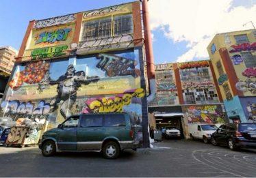 Justiça de Nova York manda empresário indenizar grafiteiros por desenho apagado