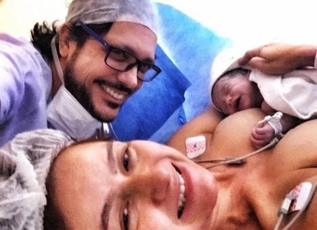 Nasce a terceira filha de Lúcio Mauro Filho