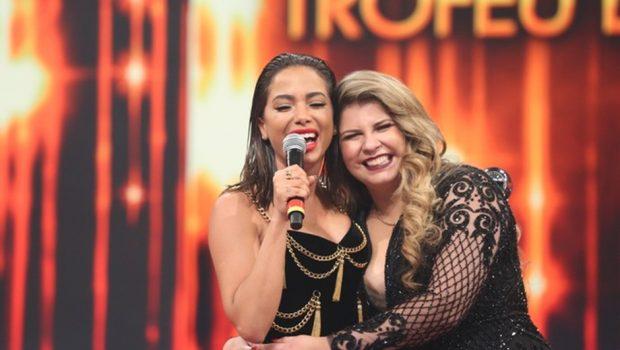 """""""Tenho muita vontade de fazer parceria com a Anitta', diz Marília Mendonça"""