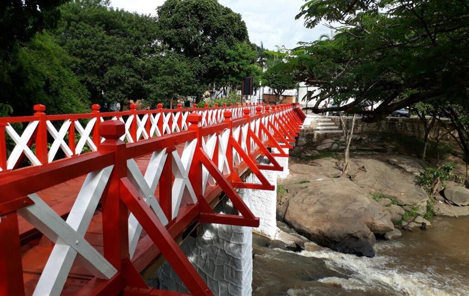Ponte do Carmo, em Pirenópolis, é reinaugurada após revitalização
