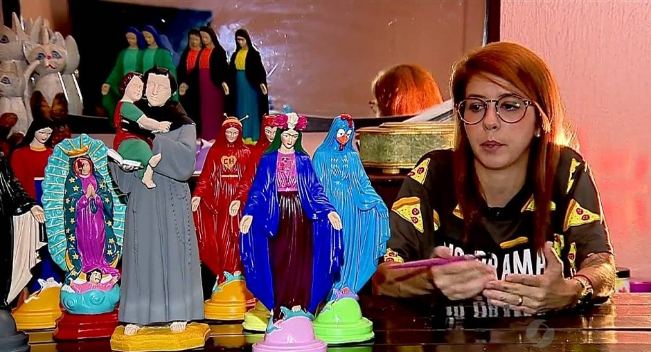 Artista pode pintar e estilizar santas, decide Justiça de Goiás
