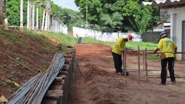 Após 4 anos parada, obra na Praça do Esporte do Setor Pedro Ludovico é retomada