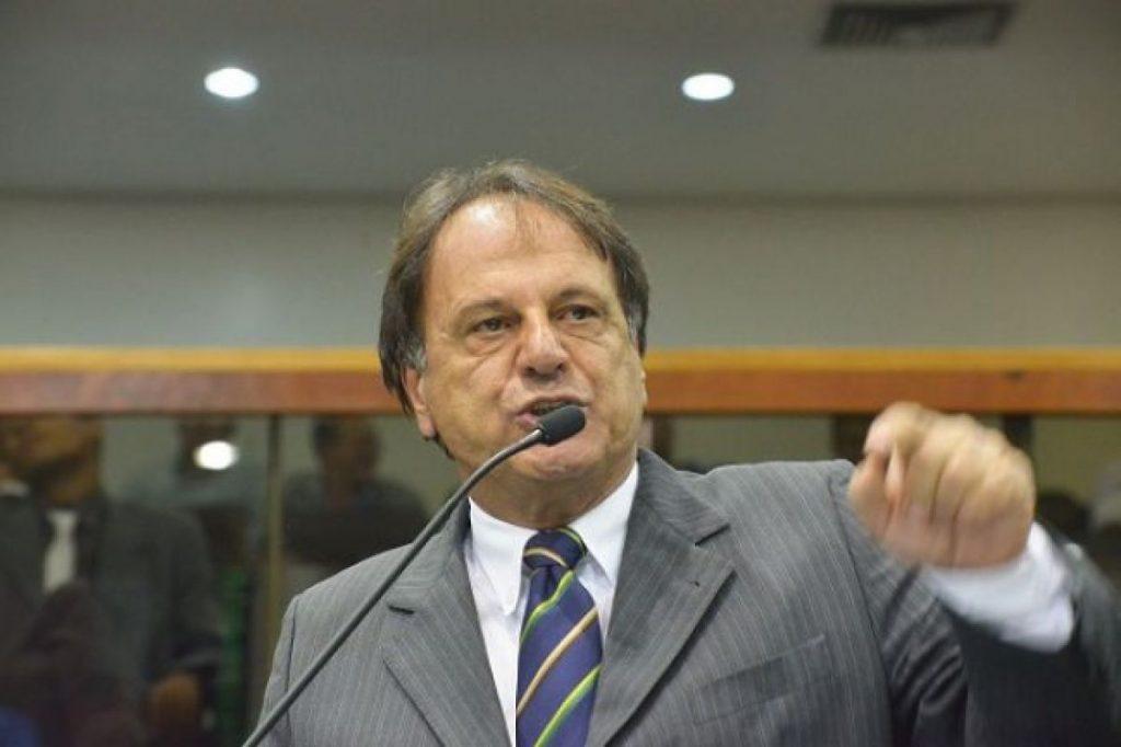 MPGO propõe ação de improbidade administrativa contra prefeito de Catalão