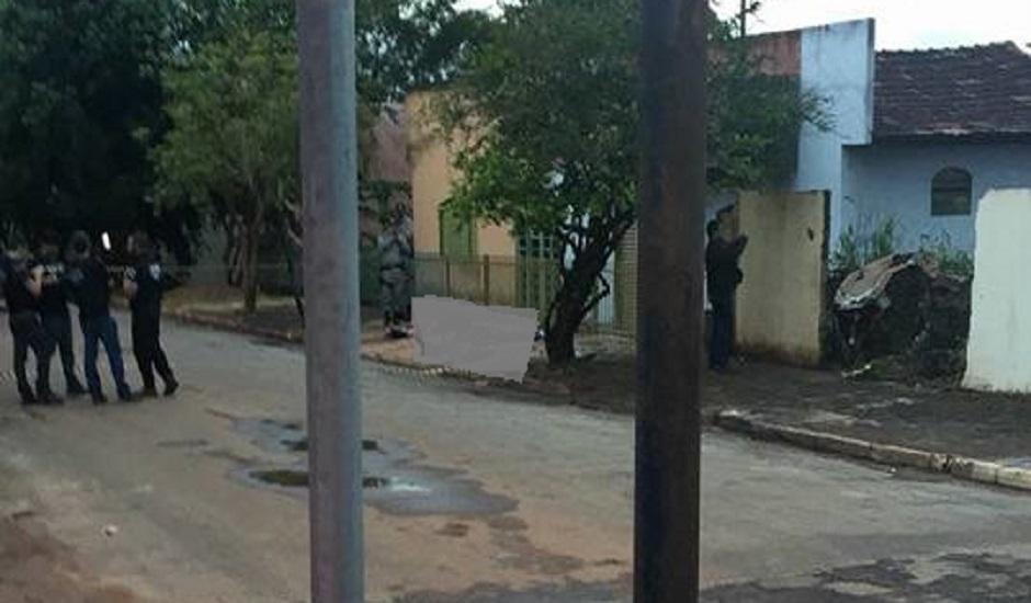 Quadrilha interceptada antes de roubo a banco morre em confronto com polícias