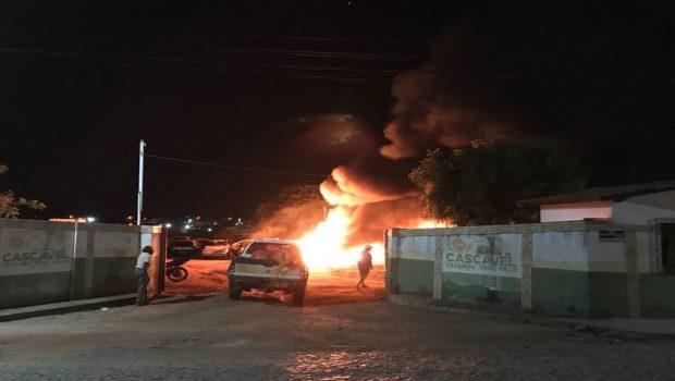 No Ceará, órgãos públicos, ônibus e torres de telefonia são alvos de ataques