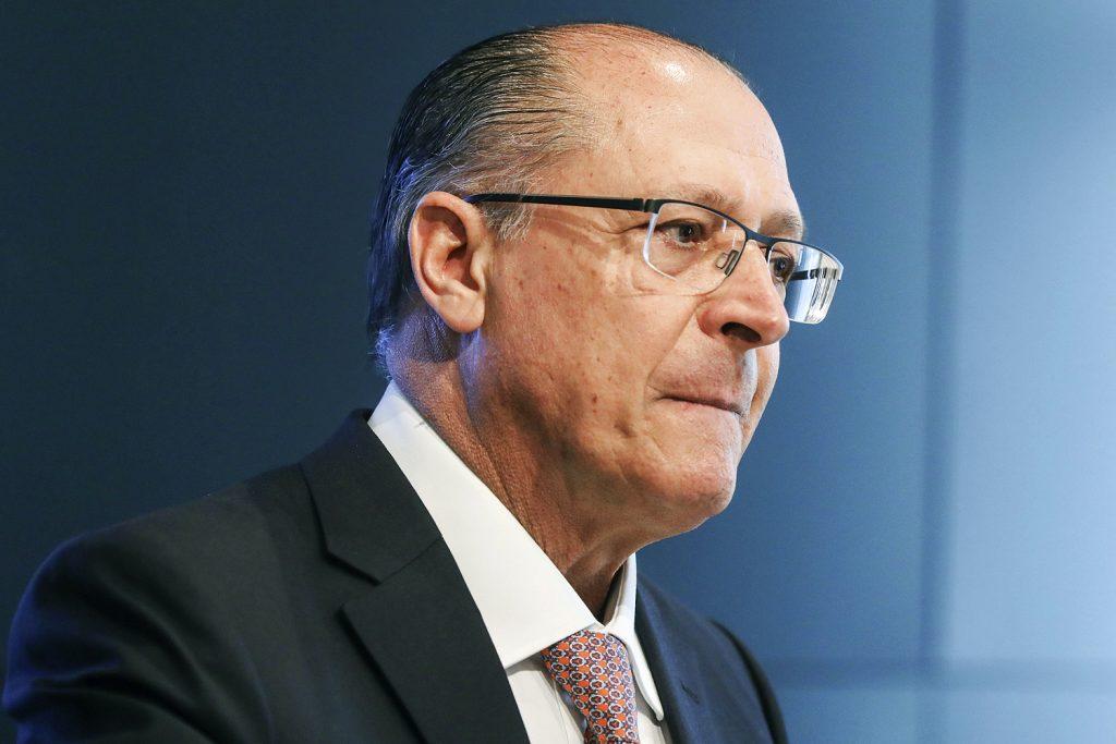 Alckmin diz que vice deve ser do Nordeste e de outro partido