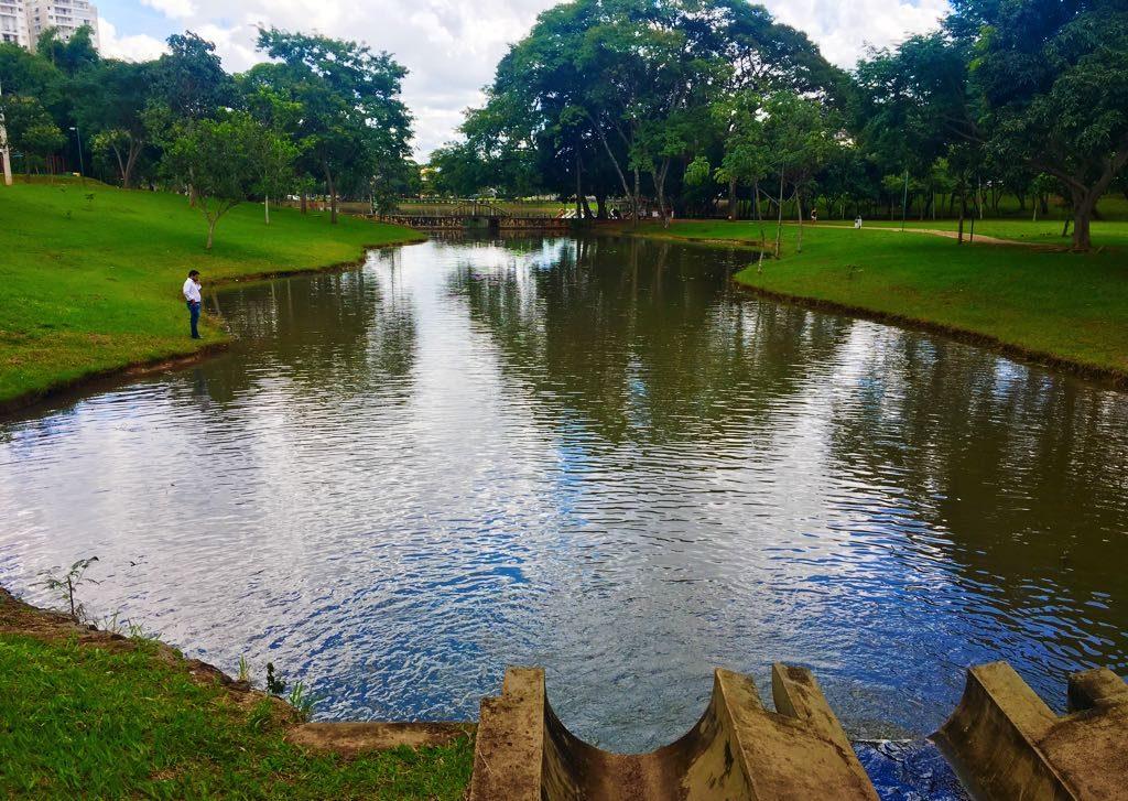 Lago das Rosas volta ao nível hídrico normal após reparos em fissuras de galerias pluviais