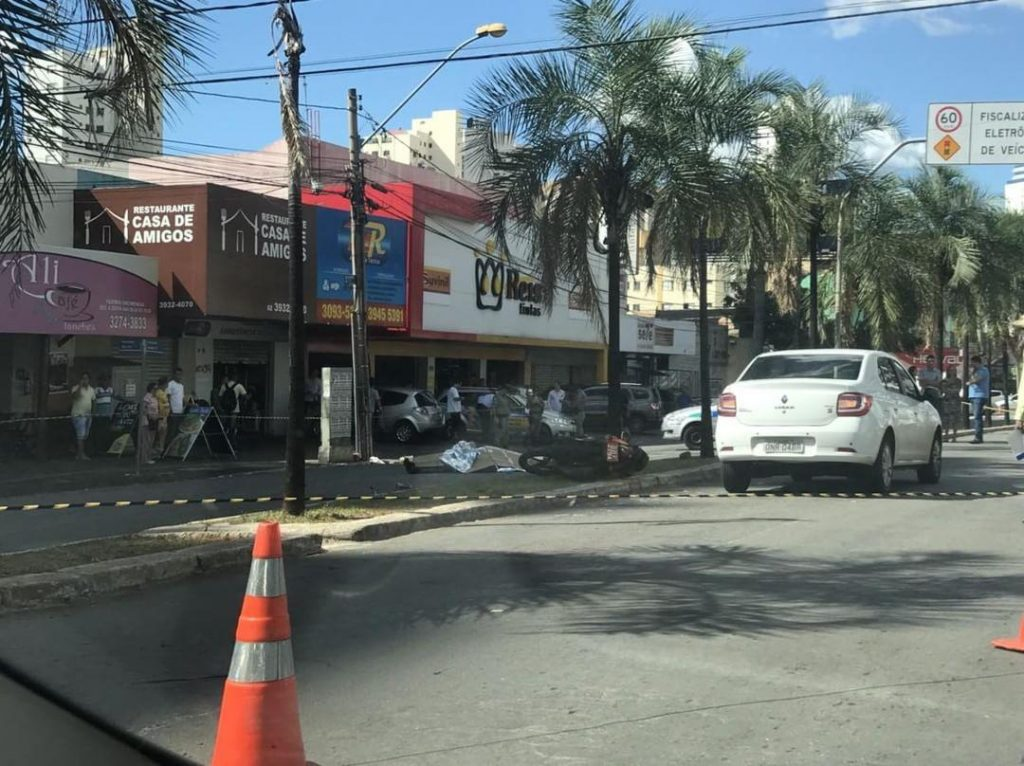 Motociclista morre em acidente de trânsito na Avenida T-7, em Goiânia