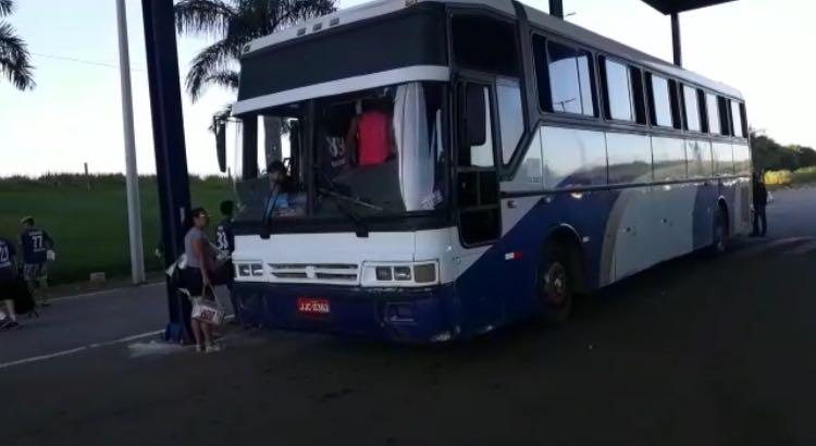 Ônibus que transportava delegação esportiva é apreendido em Anápolis