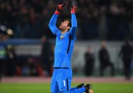 Oferta do Liverpool tornaria Alisson goleiro mais caro do mundo, diz jornal
