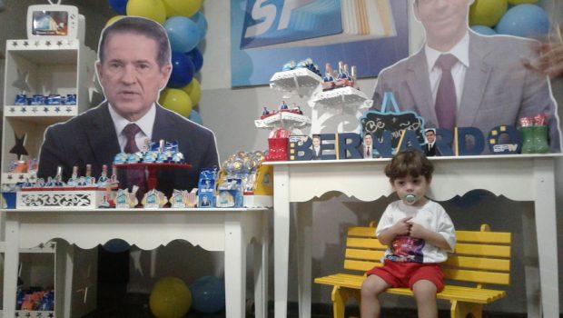Cesar Tralli agradece ao vivo festa de menino de 2 anos com tema do SPTV