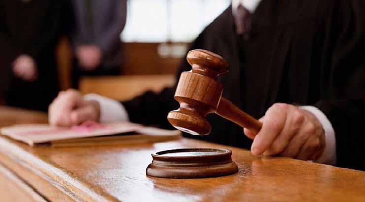 Mulher que ateou fogo em companheiro é condenada a quatro anos de prisão