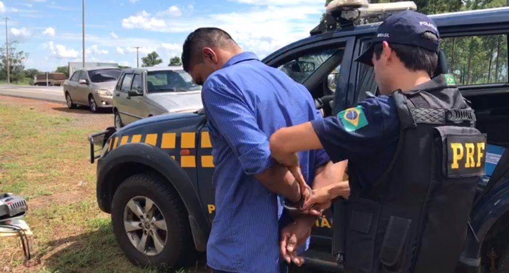 Motorista é preso por dirigir alcoolizado e inabilitado na BR-060 no DF