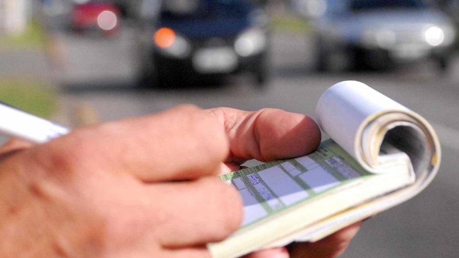 Projeto que destina multas de trânsito ao SUS avança em comissão do Senado