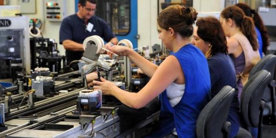 Produção industrial cresce em 6 dos 15 locais avaliados em novembro ante outubro