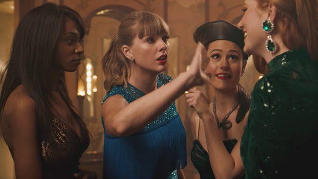 Taylor Swift fica invisível e dança pelas ruas no clipe de 'Delicate'