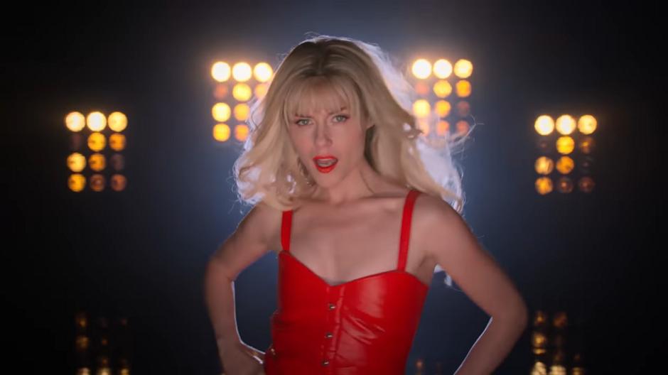 Netflix divulga clipe de 'I Want Your Cray Cray'