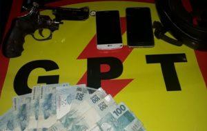 Suspeitos de render e roubar família são mortos após confronto com a PM, em Itumbiara