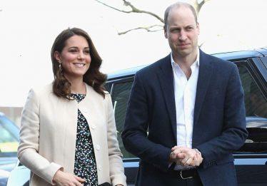 Kate Middleton dá entrada em hospital em trabalho de parto