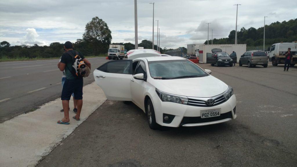 Sete carros são apreendidos por transporte irregular de passageiros para Brasília