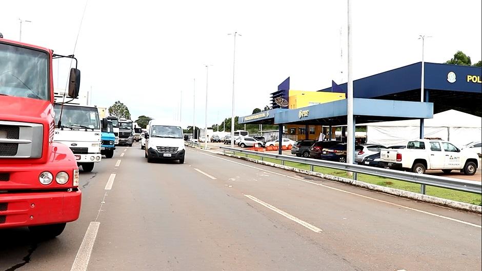 Passageiro de ônibus é preso pela PRF transportando 29 quilos de maconha