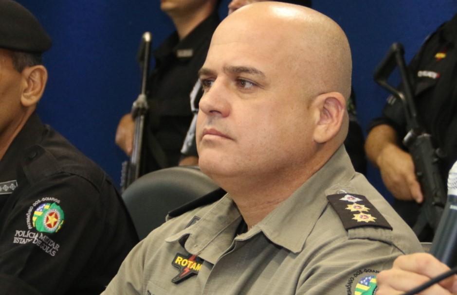 Justiça afasta subcomandante da PM por suposto envolvimento com grupo de extermínio