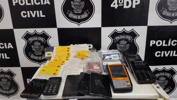 PC cumpre mandados contra trio suspeito de fraudar aplicativo de transporte, em Goiânia