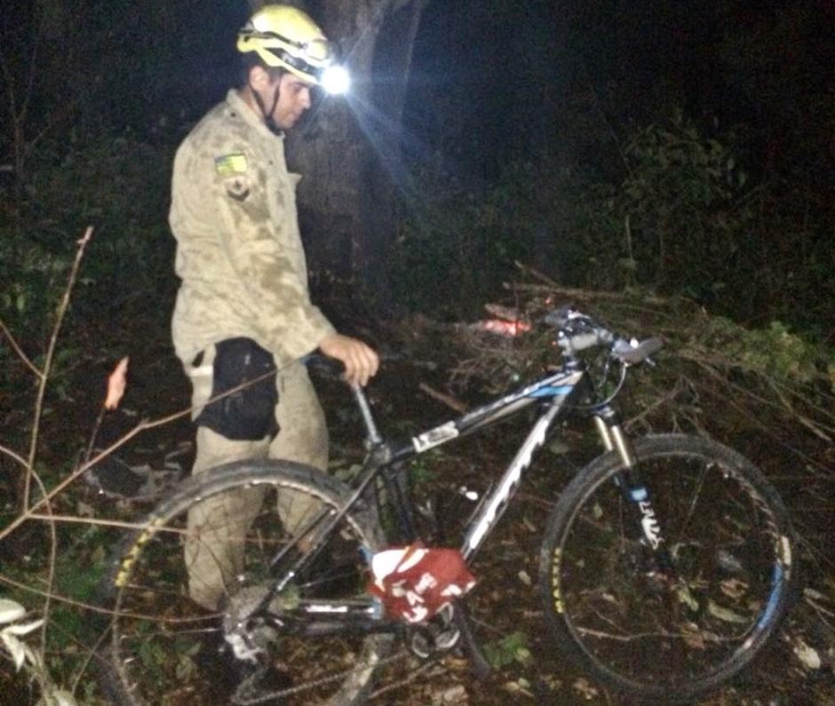 Bombeiros resgatam ciclista perdido em Pirenópolis