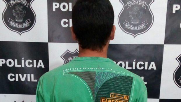 Adolescente é apreendido por tentativa de latrocínio em ônibus de Valparaíso