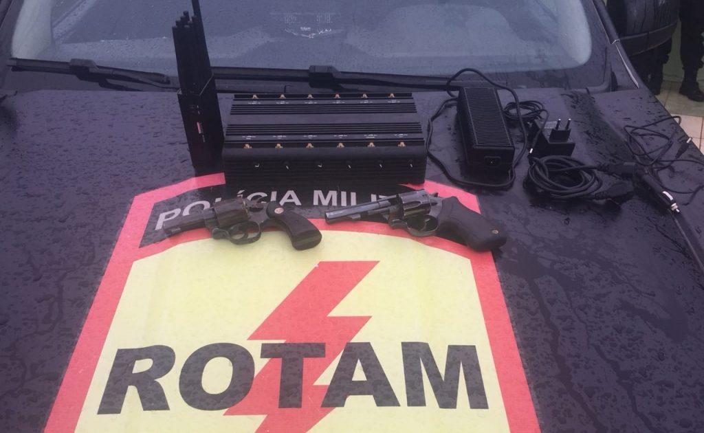 Suspeitos de desmanchar carros roubados são mortos durante confronto com a Rotam em Goiânia