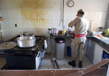 Panela de pressão explode e deixa dois feridos em Cmei de Aparecida de Goiânia