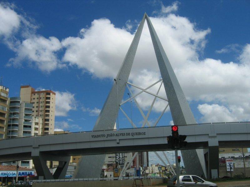 Prefeitura anuncia a recuperação dos viadutos da Avenida 85, em Goiânia