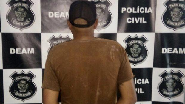 Homem que ameaçou matar ex-mulher com retroescavadeira é preso, em Goianésia