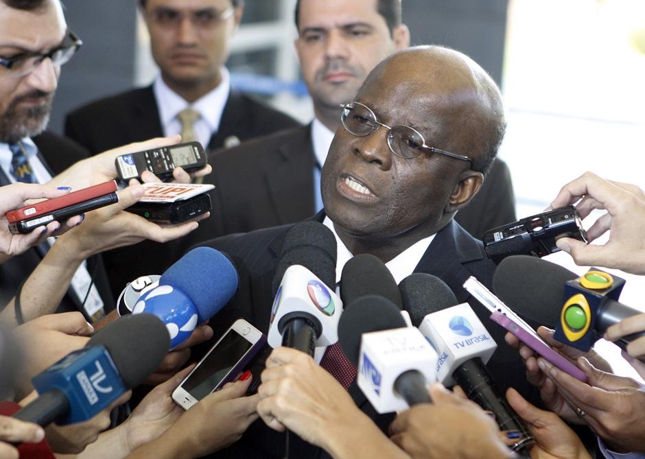 Joaquim Barbosa se filia ao PSB e pode ser candidato à Presidência