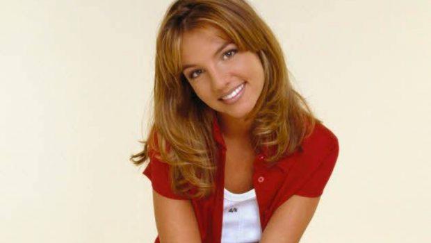 Primeiro namorado de Britney Spears leiloa fotos, demos e roupas usadas pela cantora