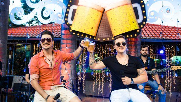 George Henrique e Rodrigo lançam DVD 'De Copo em Copo' com clima de 'churrascada'